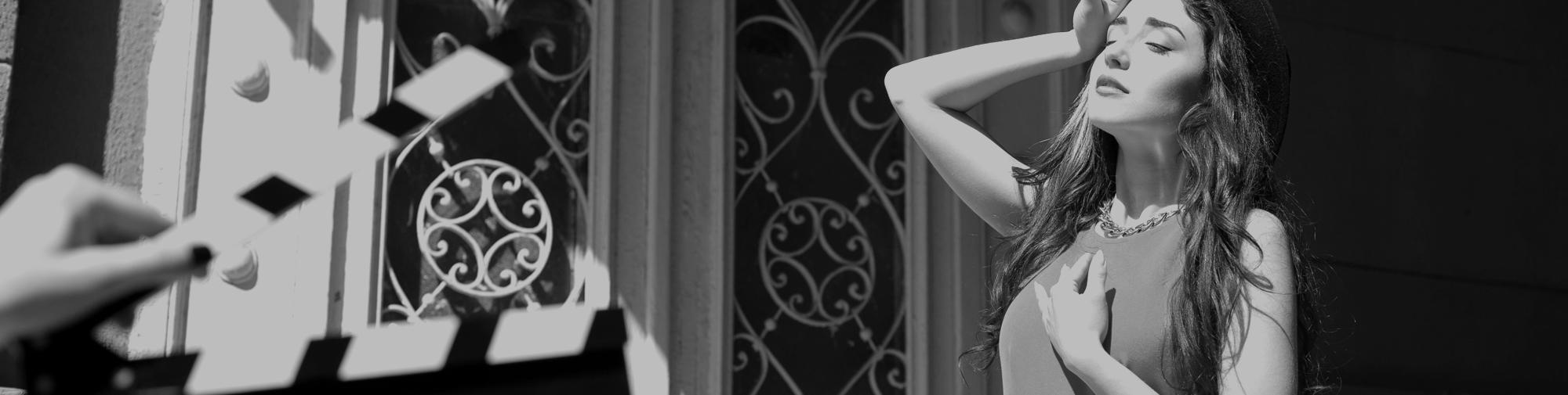 jeune fille qui joue une scene au chateau troissy internat college lycee cinema 7e art film