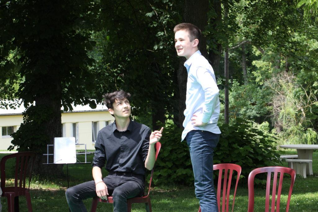 Rencontre parents professeurs au chateau de troissy internat college lycee specialise cinema et theatre en champagne en france